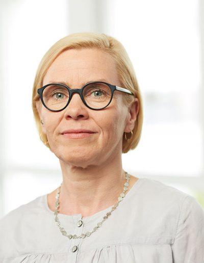 """<h3 class=""""light"""">Liane Samassa-Fandrich</h3><p>Geschäftsführerin<br><a class=""""light"""" href=""""mailto:l.samassa-fandrich@strukturschmiede.berlin"""">l.samassa-fandrich@strukturschmiede.berlin</a></p>"""